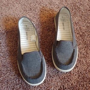 Time and Tru gently worn memory foam slip on shoes